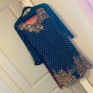 Pakistani formal outfit
